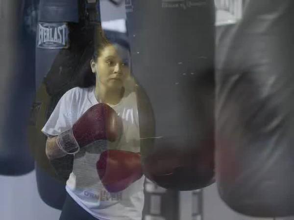 Boxer Fatima Alcatar