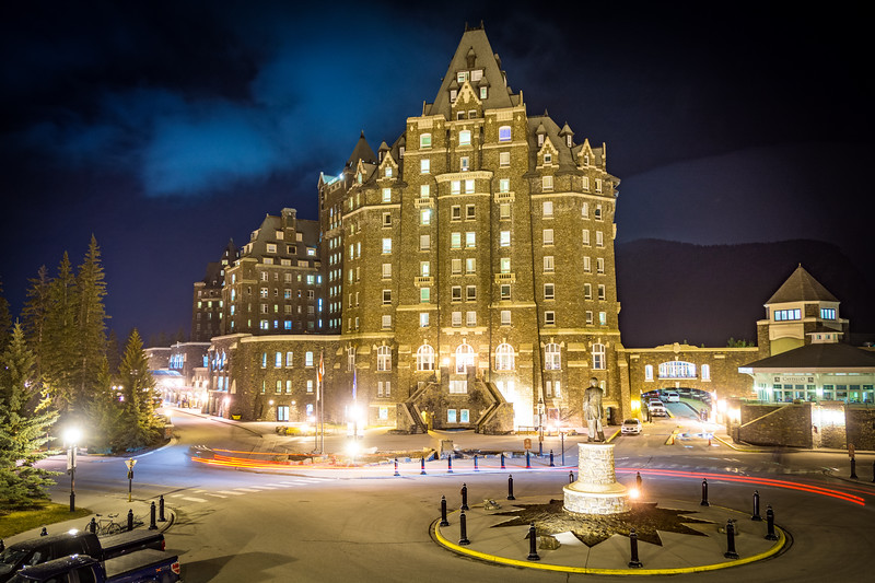 I always wanted to stay here, and so I did. Really expensive even with a discount and really didnt help this budget driven trip ...