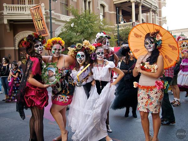 Young Ladies Posing, Dia de los Muertos Parade