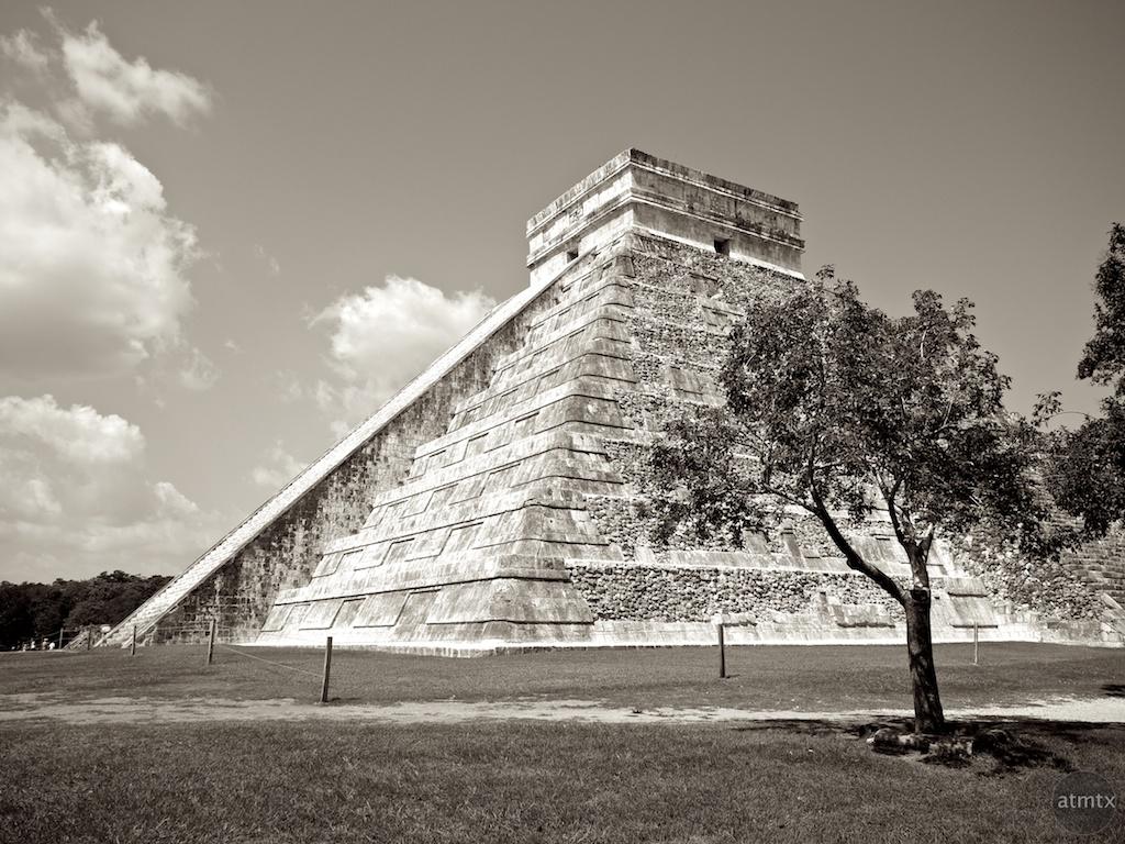 El Castillo, Chichen Itza - Yucatan, Mexico