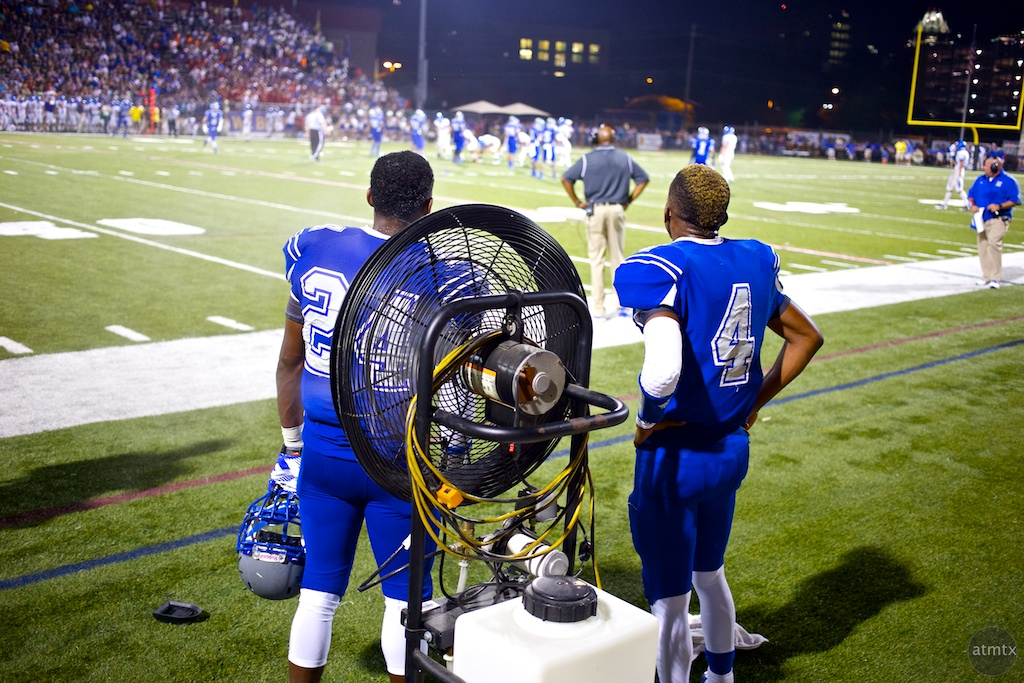 Cooling Off, McCallum vs. Anderson - Austin, Texas