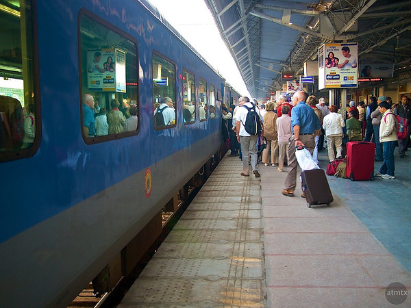 Boarding the Shatabdi Express, Agra Cantt Station - Agra, India