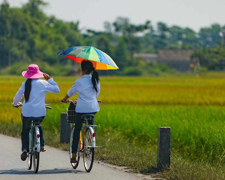 A Colorful Commute (Hai Duong, Vietnam 2009)