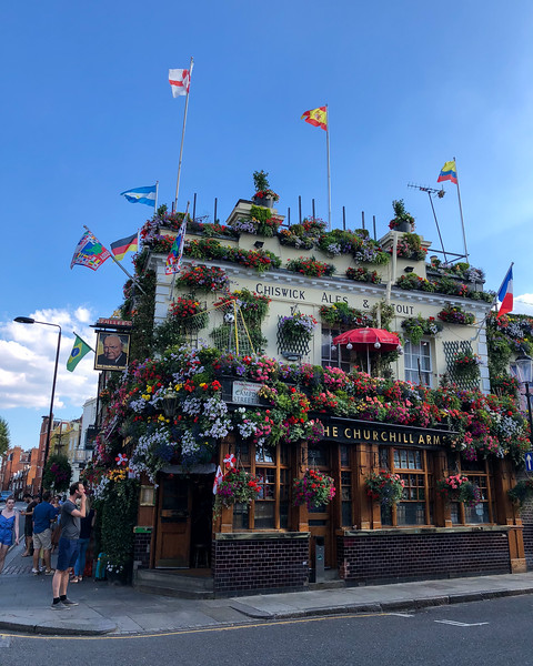 The Churchill Arms (London, United Kingdom 2018)