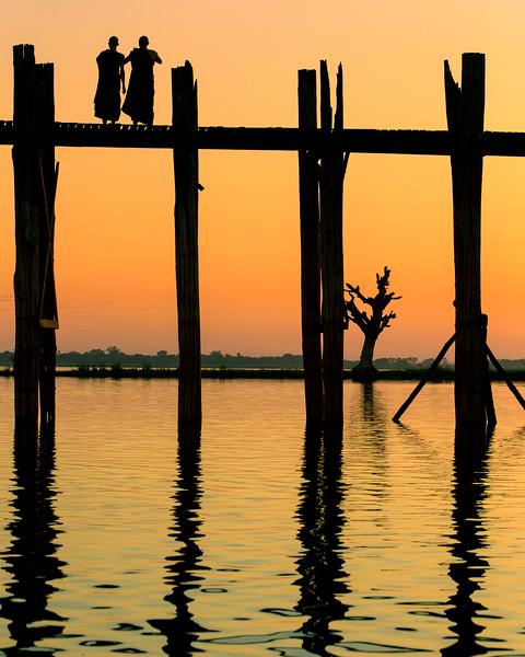 Reflections of the U Bein Bridge (Amarapura, Myanmar 2013)