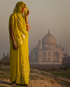 The Yellow Sari (Agra, India 2015)
