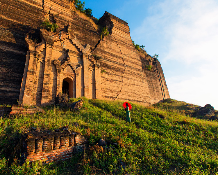 The Unfinished Mingun Pagoda (Mandalay, Myanmar 2013)
