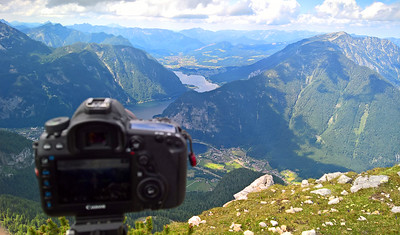 Behind the camera at 5 fingers in Austria