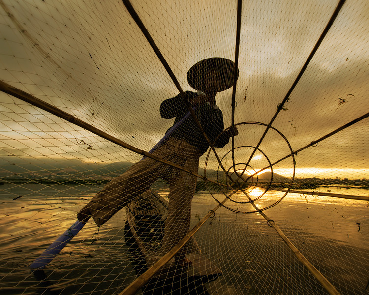 The Mystical Fishermen of Inle (Inle Lake, Myanmar 2013)