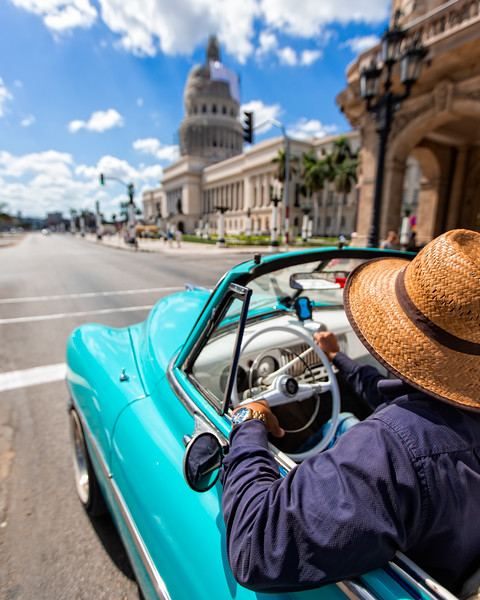 Cruising through Havana (Havana, Cuba 2019)