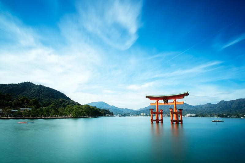 Itsukushima Shinto Shrine Torii (Miyajima, Japan 2015)