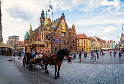 Wroclaw's historic City Hall (Wroclaw, Poland 2019)