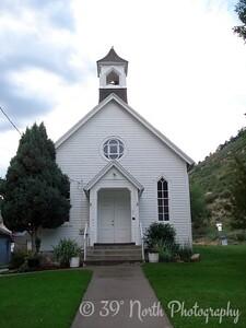 Iglesia by Yami A.