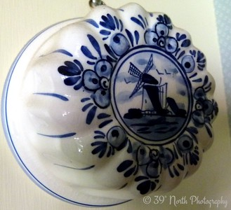 Delft Jell-o mold by Norma H.