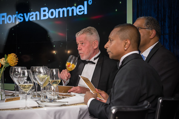 WINQ Autumn Awards | Floris van Bommel Sponsor
