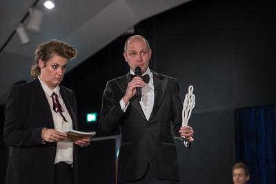 WINQ Autumn Awards | Jelle Brandt Corstius Travel Award Presentatrice Margriet van der Linden
