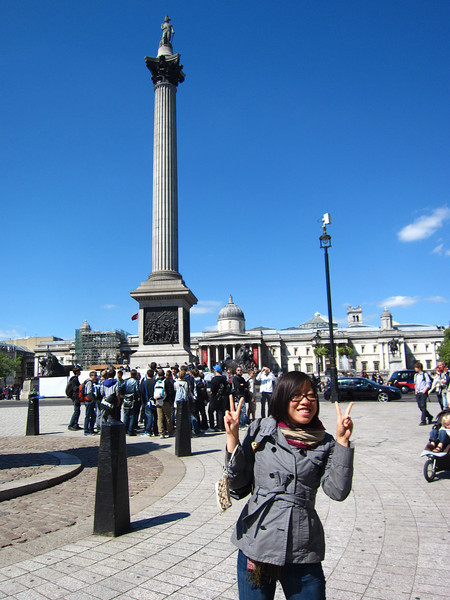 Shasha does the Asian thing in Trafalgar Square