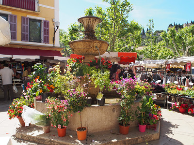 Friday market, Cassis