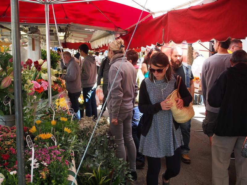 Sunday market by the Saone River, Lyon