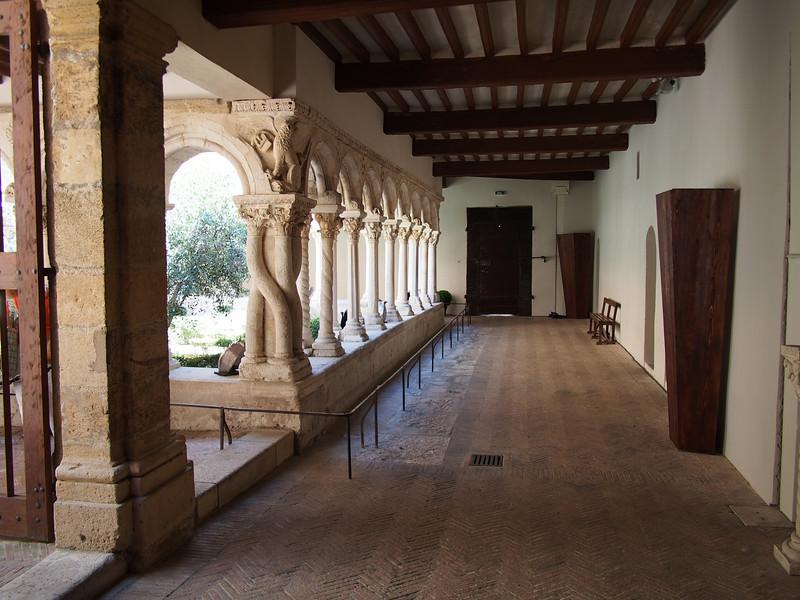 Cloister, Cathedrale Saint-Sauveur, Aix
