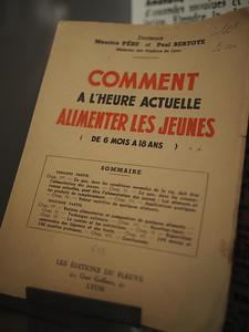 Wartime guide to feeding children. Musée d'Histoire 1939-1945, Fontaine de Vaucluse