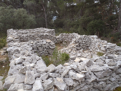 Mur de la Peste, Cabrières d'Avignon