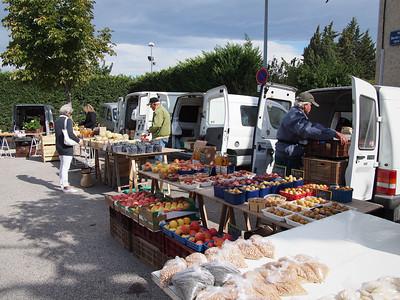 Saturday market, Le Petit Palais