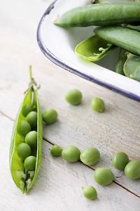 fresh garden peas in pod
