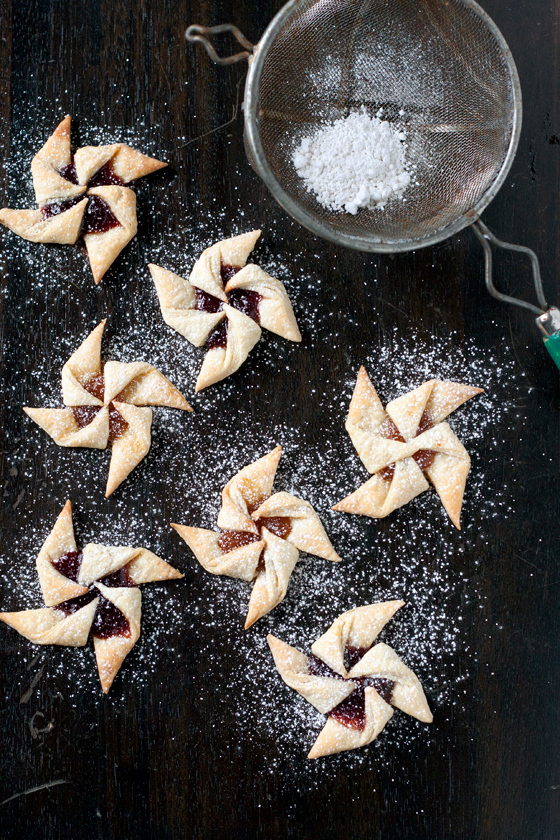 Joulutorttu are Finnish jam tarts and and one of the best Christmas cookies from around the world, check out the others.