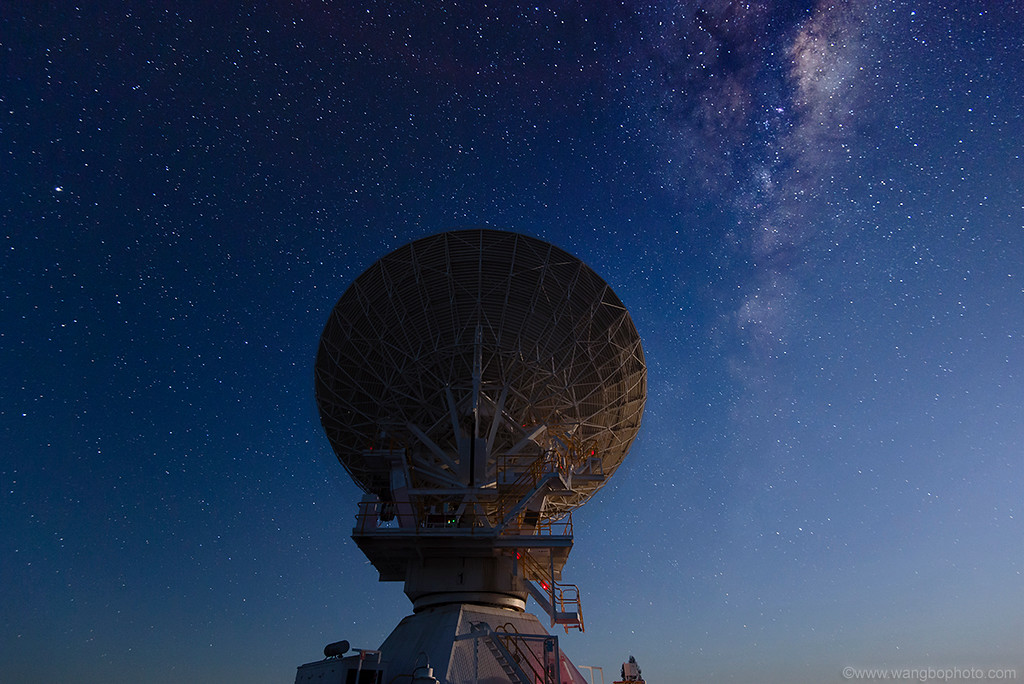 ̽��������������ǿ� -- ҹ��ATCA�Ĵ�������Զ�����У�Australia Telescope Compact Array�� - һ���ս��� - ����