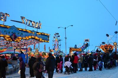 Fur Ronde Carnival