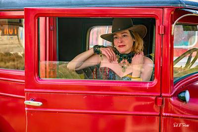 Steffi at the junkyard