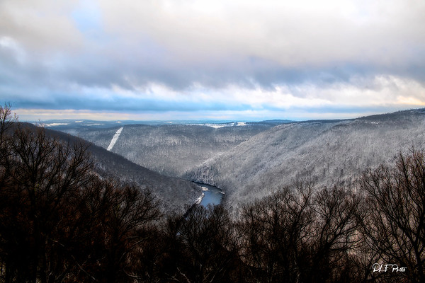 Cheat River gorge in the winter