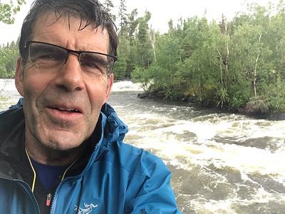 A los rapidos; lluvió el primero día; cayó un chubasco
