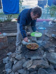 Pollo al curry, arvejas y arroz