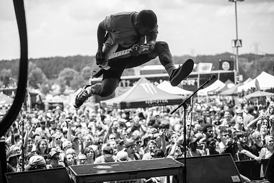 Tony Pizzuti in Charlotte, NC on Vans Warped Tour 2016