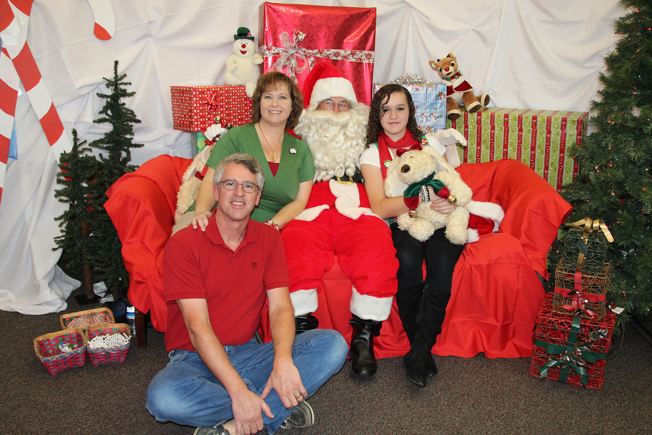 2012_12_01 BV Christmas Party (11)