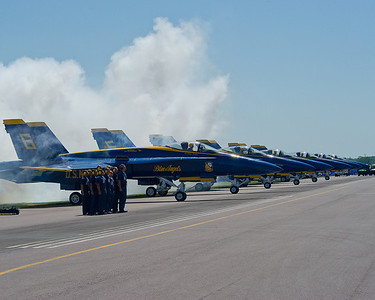 120609-N-LD780-098 MANKATO, Minn. (June 9, 2012) U.S. Navy Flight Demonstration Squadron, the Blue Angels, pilots perform take off checks prior to an aerial demonstration at the Minnesota Air Spectacular at Mankato, Minn. (U.S. Navy photo by Mass Communication Specialist 1st Class Eric Rowley/Released)
