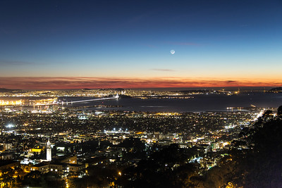 2014-11-23-moon-crescent-set-san-francisco-bay-skyline-1