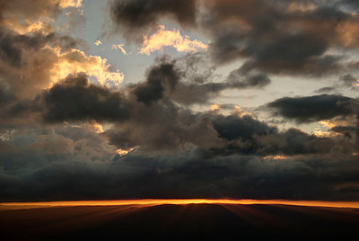A HDR merging of three images. A sunset over the Megalong Valley - Blue Mountains, New South Wales, Australia