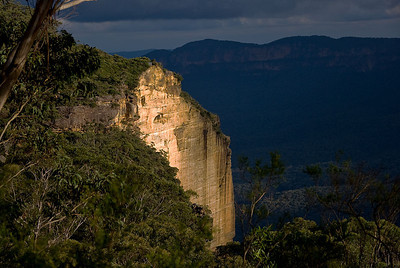 Cyclorama Point, the site of a truly massive landslide in 1931 - Katoomba, Blue Mountains, New South Wales, Australia