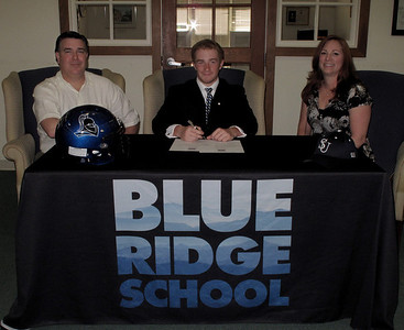 Aichs Signing