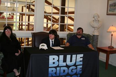 Speedy McCauley College Signing
