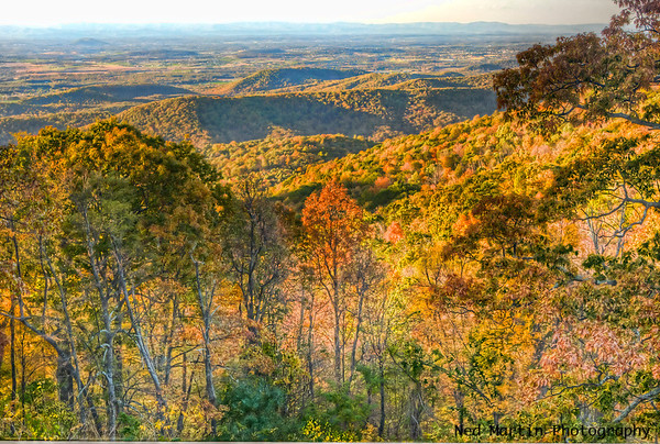 View over the western slopes of the Blue Ridge and the Shenandoah Valley