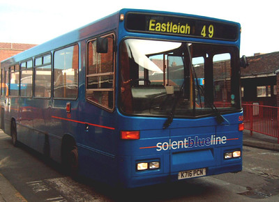 585 - K716PCN - Winchester (bus station) - 25.2.06