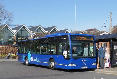 2438 - HX06EZG - Romsey (bus station) - 17.4.14