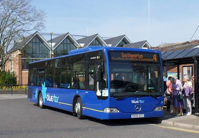 2440 - HX08EZJ - Romsey (bus station) - 17.4.14
