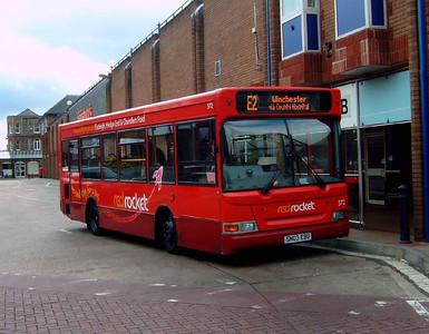 3303 - SN03EBU - Eastleigh (bus station) - 23.9.07