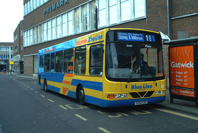 3403 - YG52CDZ - Southampton (city centre) - 3.4.04