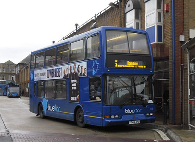 1748 - T748JPO - Eastleigh (bus station) - 27.10.11